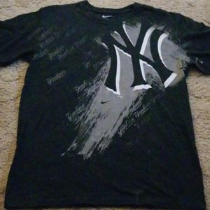 New York Yankees tshirt